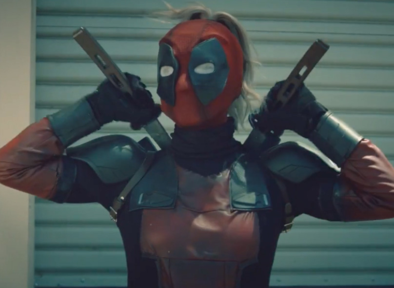 female deadpool cosplay